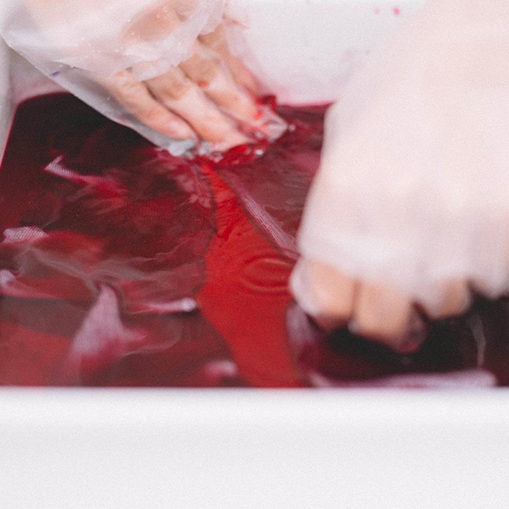 「プレーン」+染め材料がついた「ニュアラ染め」キット